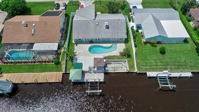 Single Family Home For Sale: 1549 SW Dyer Point Road