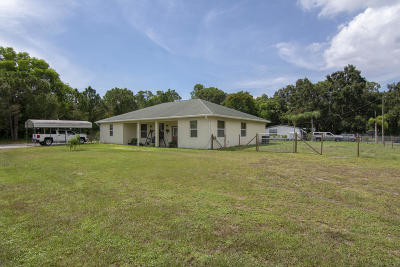 Okeechobee Single Family Home For Sale: 9710 SE 61st Drive