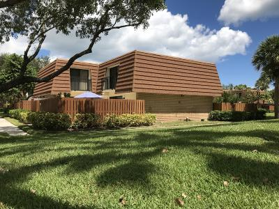 Jupiter Townhouse For Sale: 2536 25th Court