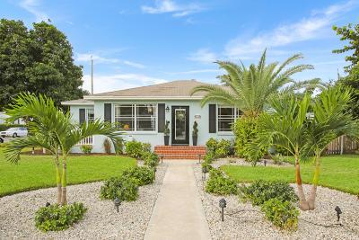 Lake Worth Single Family Home For Sale: 246 Vanderbilt Drive
