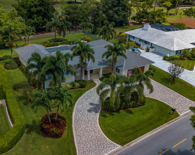 Atlantis Single Family Home For Sale: 520 Country Club Drive