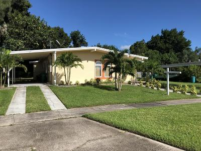 Single Family Home For Sale: 2825 SE Treasure Island Road