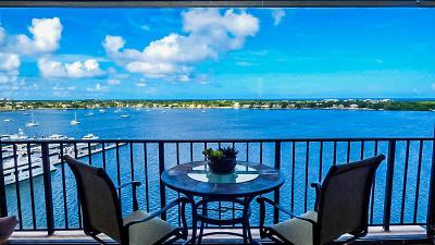North Palm Beach Condo For Sale: 132 Lakeshore Drive #1119