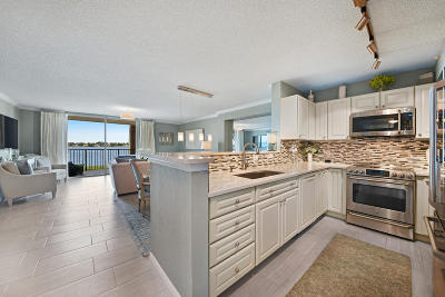 West Palm Beach Condo For Sale: 1801 Flagler Drive #201