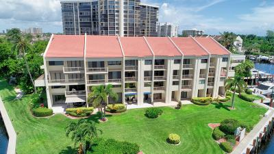 Highland Beach Townhouse For Sale: 4744 S Ocean Boulevard #C-215