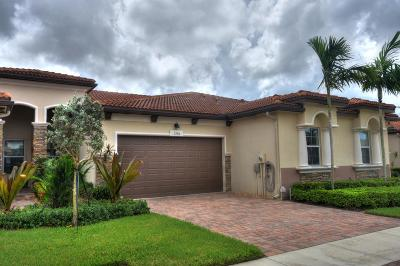 Delray Beach Single Family Home For Sale: 7758 Serra Way