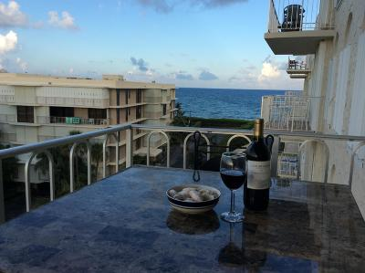 Palm Beach Condo For Sale: 3230 S Ocean Boulevard #B503