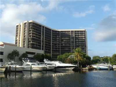 Highland Beach Condo For Sale: 4740 S Ocean Boulevard #207
