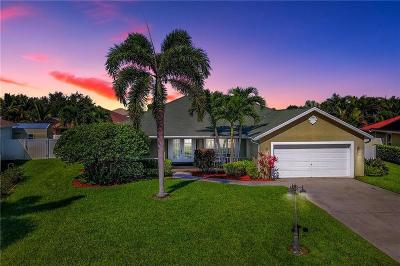 Jensen Beach Single Family Home For Sale: 486 NE Pecos Way