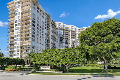 West Palm Beach Condo For Sale: 1801 S Flagler Drive #105