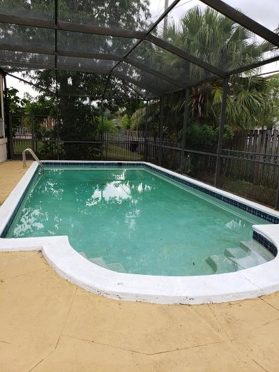 Miami Single Family Home For Sale: 891 NW 203rd Street