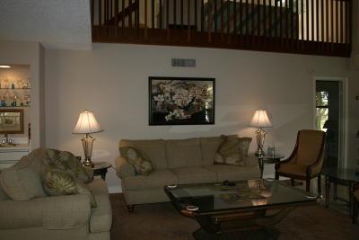 Delray Beach Condo For Sale: 7527 Glendevon Lane #808
