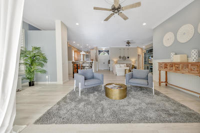 Single Family Home Sold: 195 Hampton Circle
