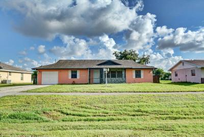 Port Saint Lucie Single Family Home For Sale: 768 NW Floresta Drive