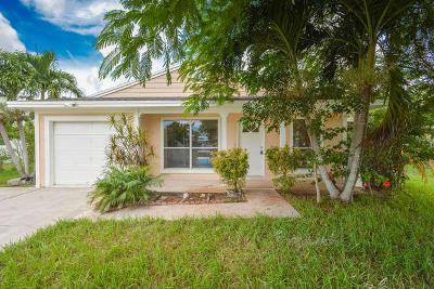 Boca Raton Single Family Home For Sale: 8135 Cedar Hollow Lane