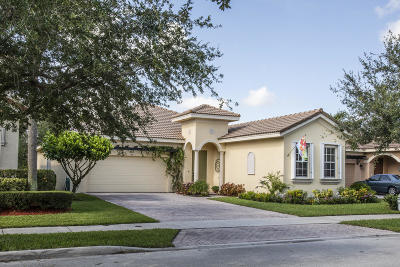 Jupiter Single Family Home For Sale: 140 Via Rosina