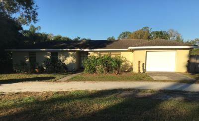 Fort Pierce Single Family Home For Sale: 4875 Oleander Avenue