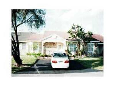 Miami Townhouse For Sale: 14534 SW 142nd Ct Circle