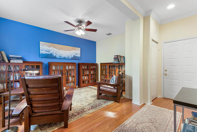 Delray Beach Townhouse For Sale: 72 SE 6th Avenue #E