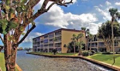 Lantana Condo For Sale: 300 Waterway Drive S #306