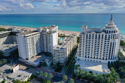 Miami Beach Condo For Sale: 1623 Collins Avenue #215