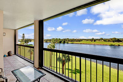 North Palm Beach Condo For Sale: 356 Golfview Road #409