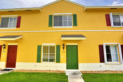 Lantana Townhouse For Sale: 526 W Bloxham Street