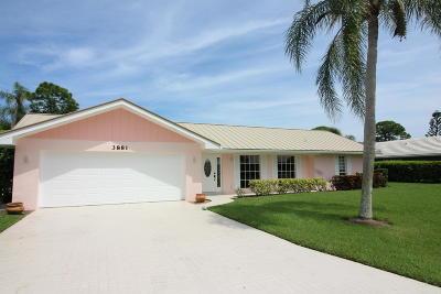 Stuart Single Family Home For Sale: 3881 SE Fairway W