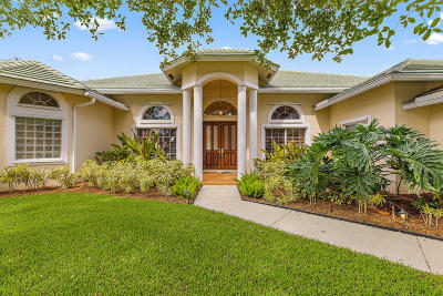 Jupiter Single Family Home For Sale: 19009 SE Kokomo Lane
