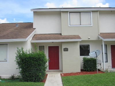 Greenacres Townhouse Contingent: 6107 Channel Drive #6107