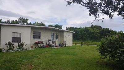 Fort Pierce Single Family Home For Sale: 330 Johnston Street