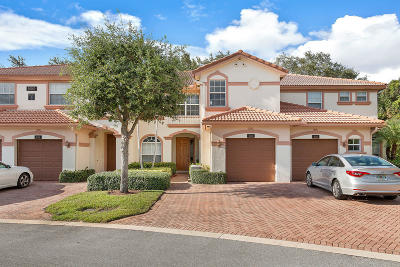 Delray Beach Townhouse For Sale: 16169 Poppyseed Circle #605