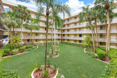 Coral Springs Condo For Sale: 3151 Riverside Drive #B-203
