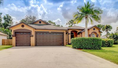 Royal Palm Beach Single Family Home For Sale: 122 Nottingham Road