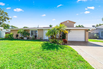 Deerfield Beach Single Family Home For Sale: 1002 SE 4 Court