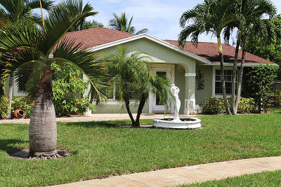 West Palm Beach Single Family Home For Sale: 900 Fitch Drive