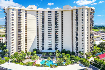 West Palm Beach Condo For Sale: 2450 Presidential Way #1605