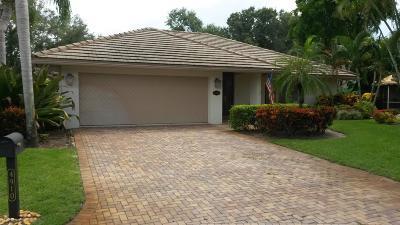 Boynton Beach Single Family Home For Sale: 4910 Pine Tree Drive