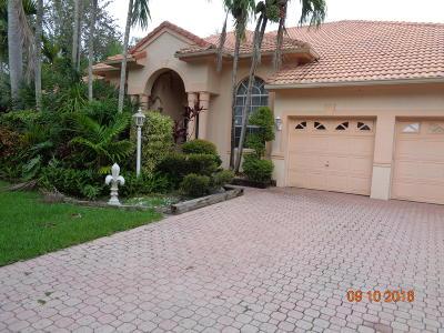 Broward County, Palm Beach County Single Family Home For Sale: 6402 Champlain Terrace