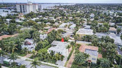 West Palm Beach Single Family Home For Sale: 222 Monroe Drive