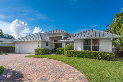 Palm Beach Shores Single Family Home For Sale: 309 Edwards Lane
