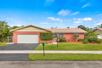 Fort Lauderdale Single Family Home For Sale: 6760 NW 27th Terrace