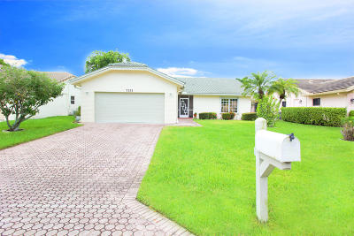 Boca Raton Single Family Home For Sale: 7751 Cloverfield Circle
