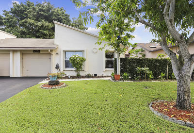 Boynton Beach Single Family Home For Sale: 5328 Mirror Lakes Boulevard