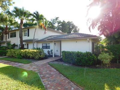 Boynton Beach Single Family Home For Sale: 4 Westgate Lane #4d