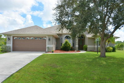 Port Saint Lucie Single Family Home For Sale: 5916 NW Brenda Circle