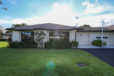 Boynton Beach Single Family Home For Sale: 4882 Equestrian Circle #A