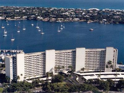 North Palm Beach Condo For Sale: 130 Lakeshore Drive #721