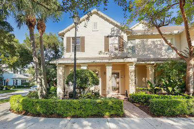 Jupiter Townhouse For Sale: 137 E Thatch Palm Circle