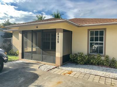 Jupiter Single Family Home For Sale: 6909 1st Street